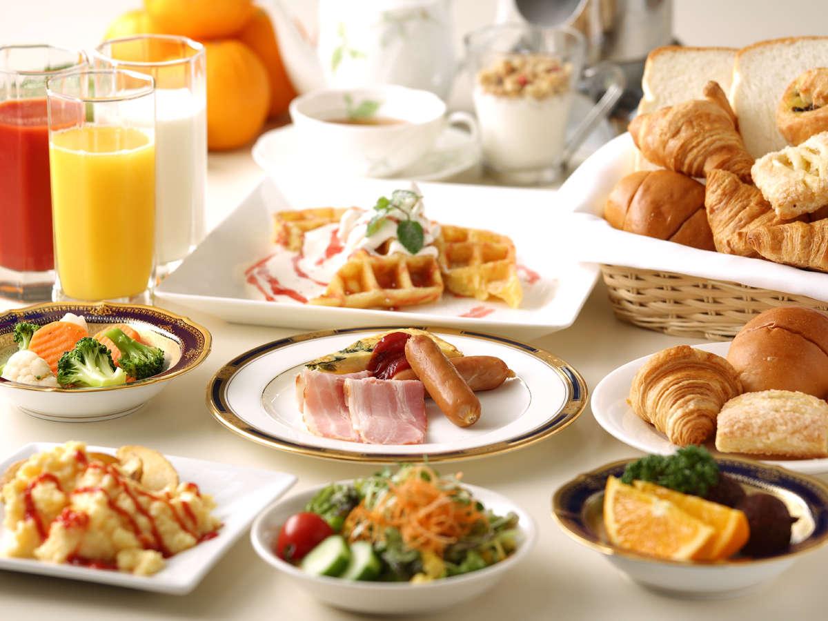 朝食ビュッフェ 洋食イメージ 焼きたてのワッフルがおすすめ♪ホテルの朝食をお楽しみください。
