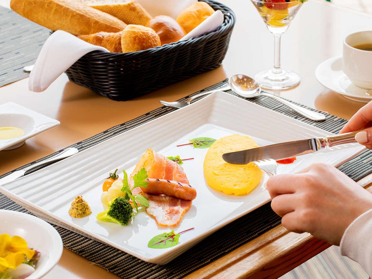 """""""日本最北端のハイクラスホテル""""にて、上質なホテル朝食をお愉しみください"""