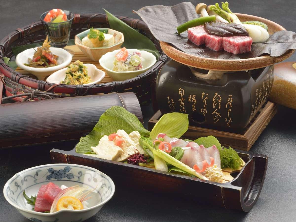 文明開化の味わい牛鍋に舌鼓。「宿場会席」で旅の疲れも癒される・・夕食の一例