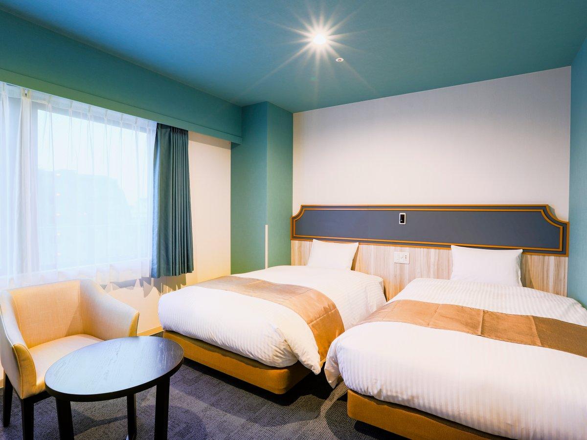 【客室】デラックスツインルーム/ベッド幅120cm2台/27㎡ (テーマ:水)