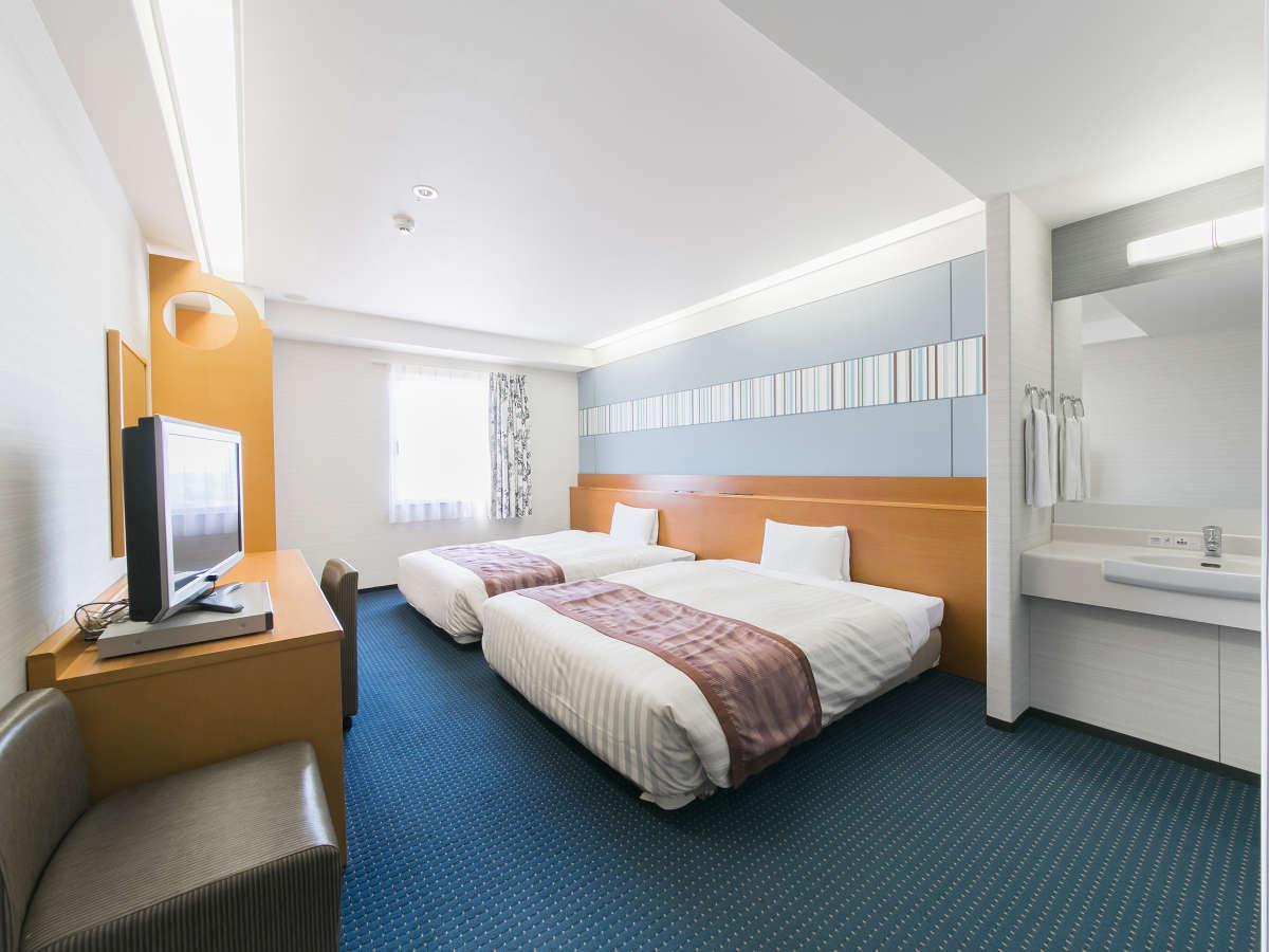 広さ26平米、ベッド幅150cmでゆったりツインルーム