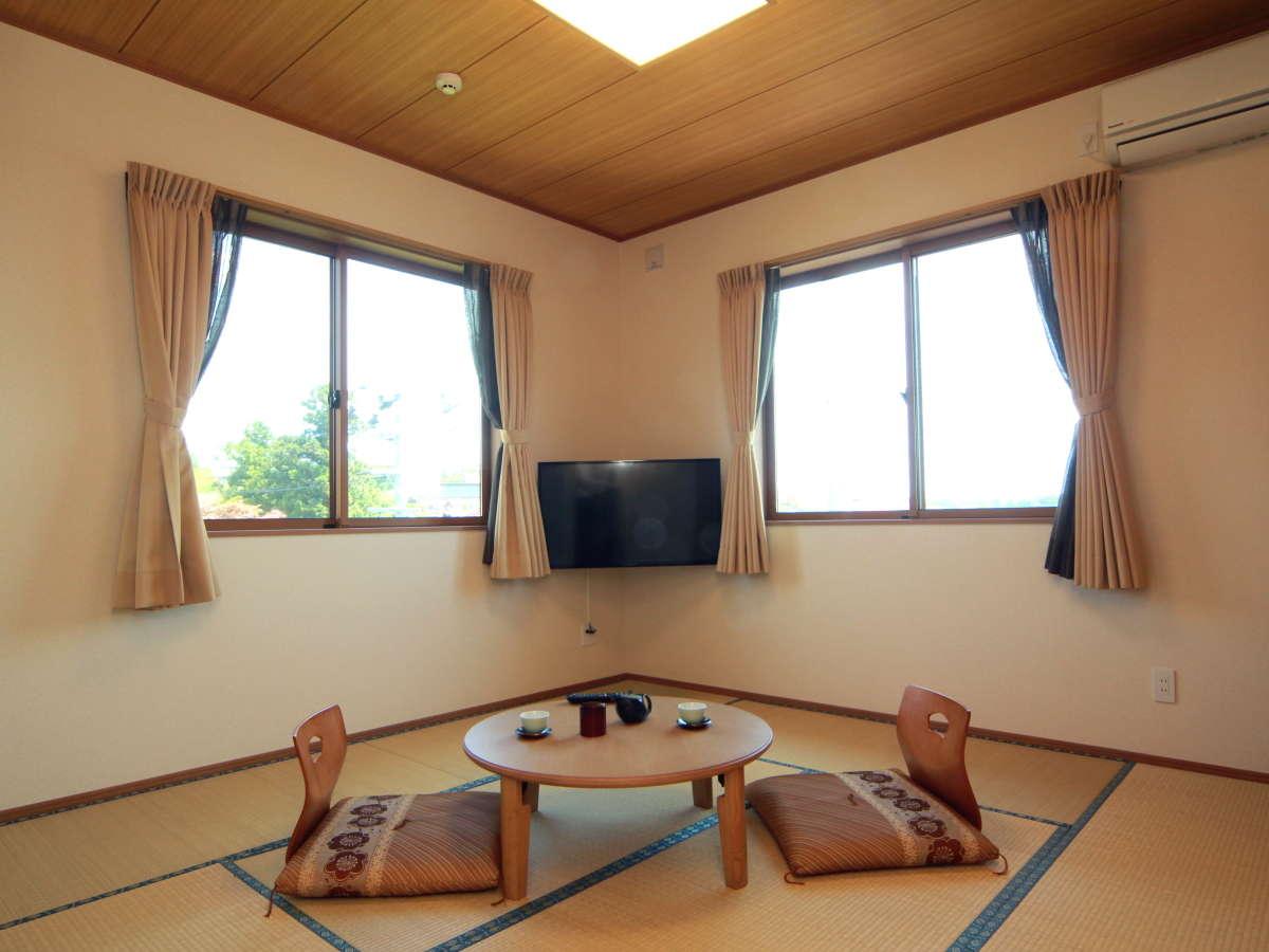 ◆【和室8畳】オーシャンビューの眺めで、水平線から昇る朝日が眺められます。