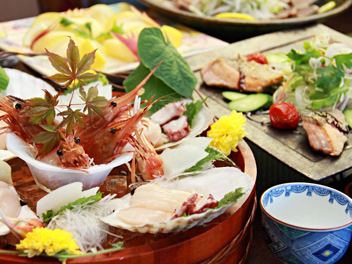 ◆【ご夕食一例】気仙沼の海の幸を使った創作和食。目でも楽しめる料理にこだわっております。