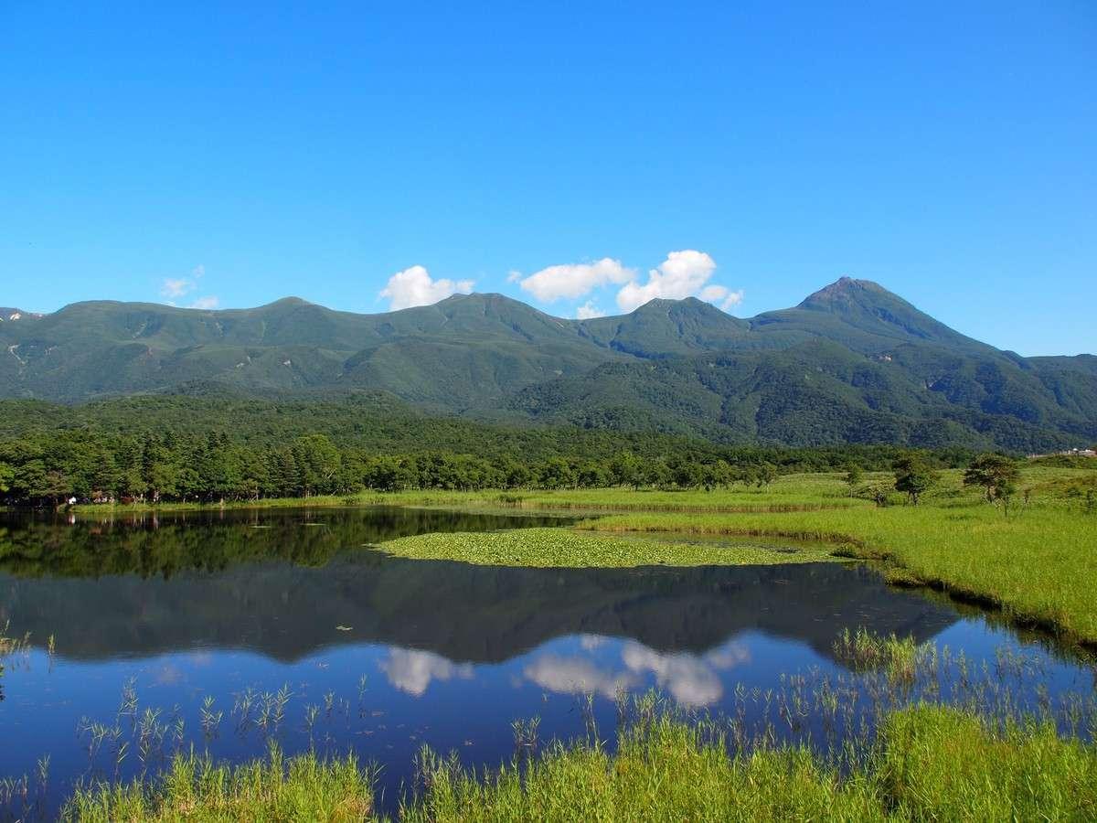 【観光】初夏の知床五湖です。さわやかな風が吹き抜けます。
