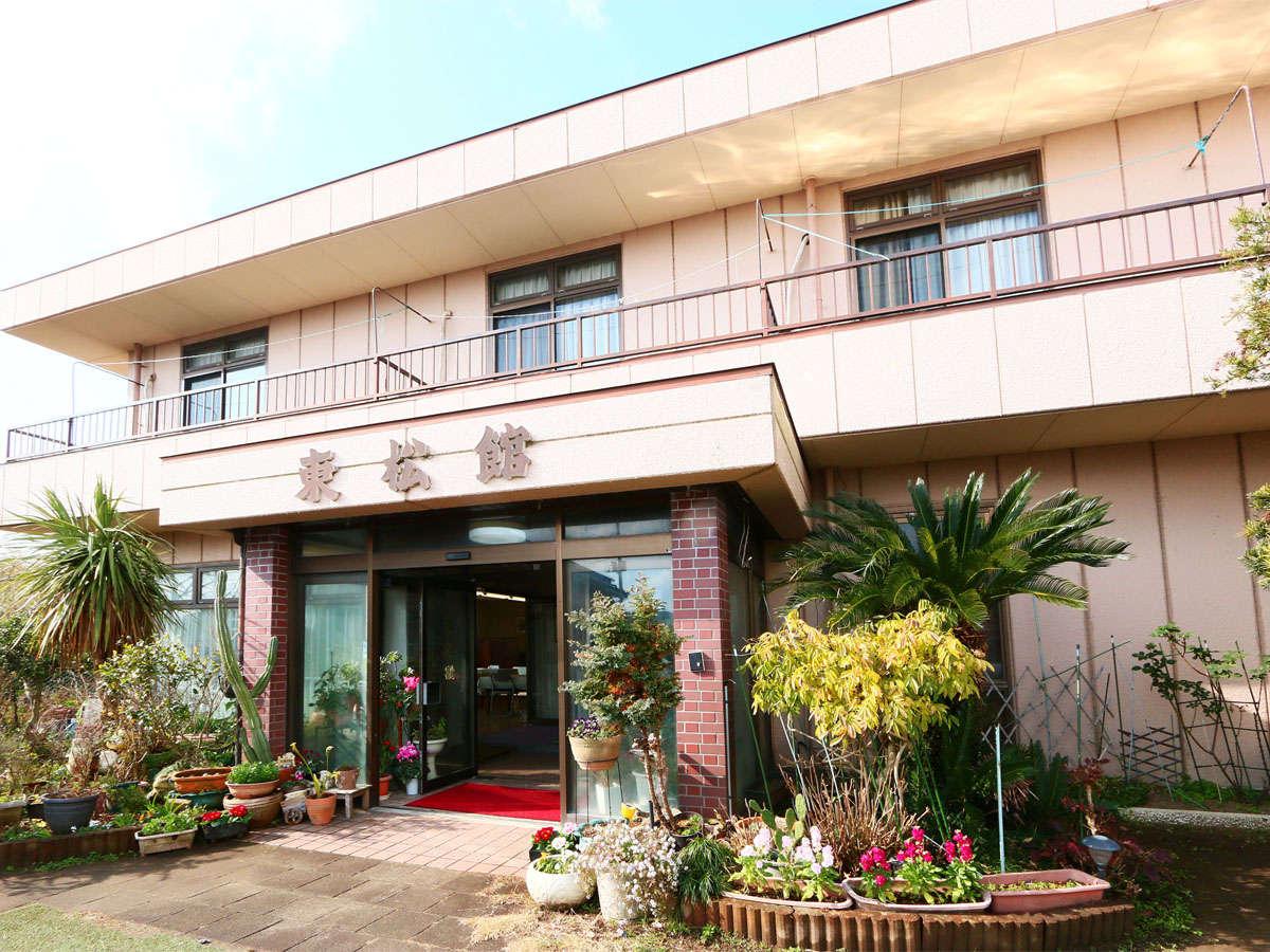 *食事処いろりや併設している東松館☆おいしい料理を食べ、おいしいお酒を飲んで当館で至福のひとときを♪