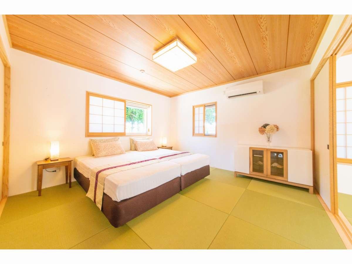 ベッドルームと和室がございます。3世代ファミリー旅行にもおすすめ!