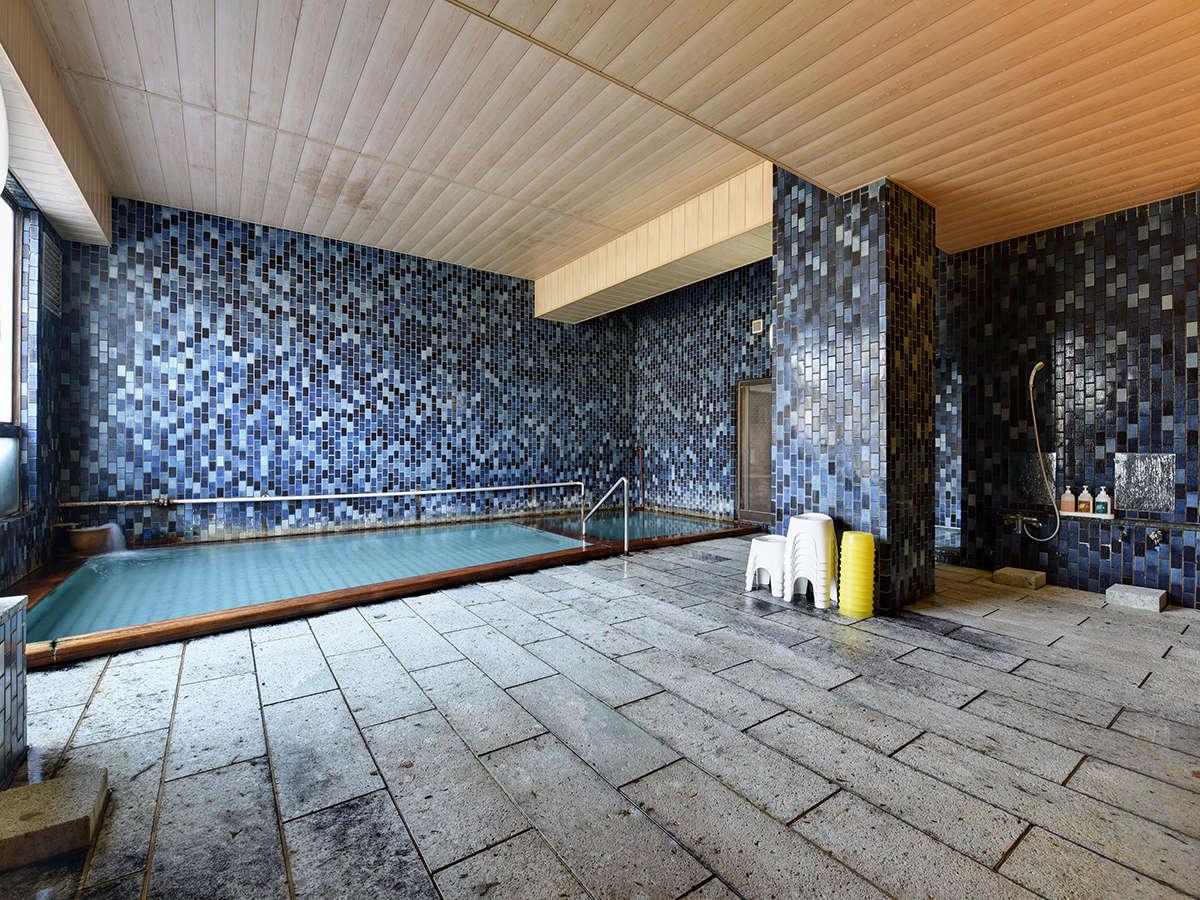 *【大浴場】「しょっぱい温泉」で有名!口コミでも高評価の温泉をじっくりとお楽しみください。