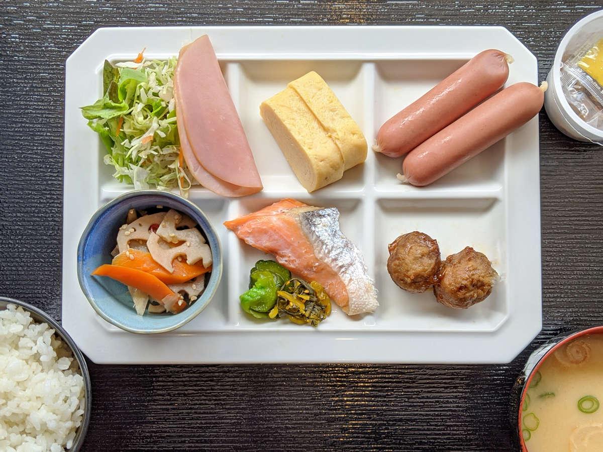 ご朝食(朝ご膳付) ビュッフェ形式の料理提供を一時的に中止しております。