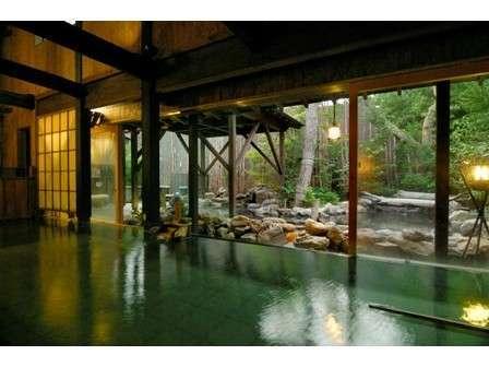-大湯屋-ぬる湯や瞑想の湯、炭酸泉(湯の間)など館内で湯めぐりを愉しむ