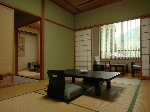 【雪柳】ゆったり2間続きのお部屋です。和室10畳・8畳 バス・ウォッシュレットトイレ付