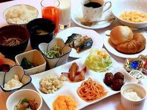 ■朝食:和洋バランスのとれた朝食メニューは約25種とボリュームも大満足!