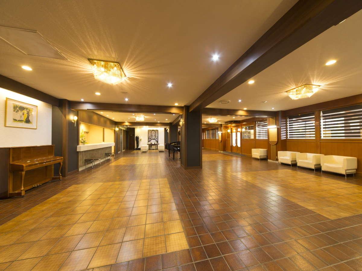 5階ロビー・フロント