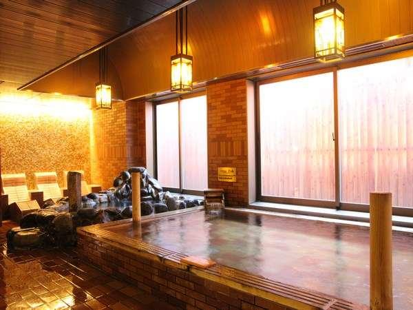 天然温泉「灯の湯」女性大浴場