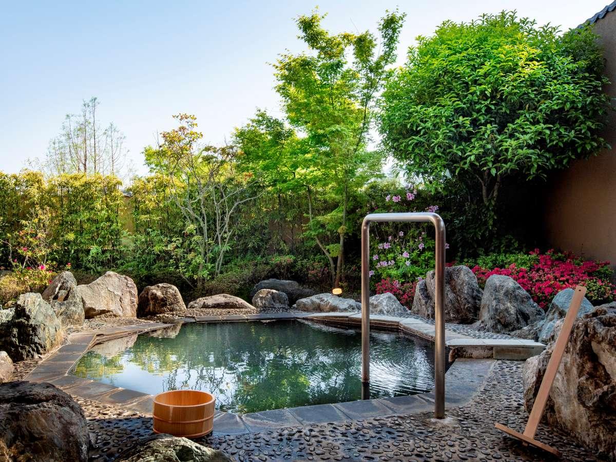 【特別室】客室露天風呂