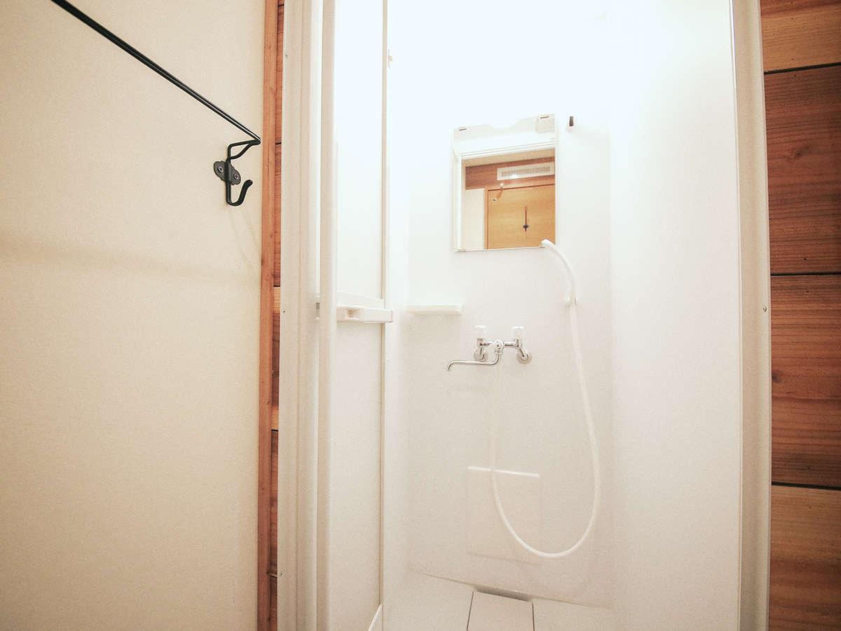 浴室はございません。シャワーのみとなります。