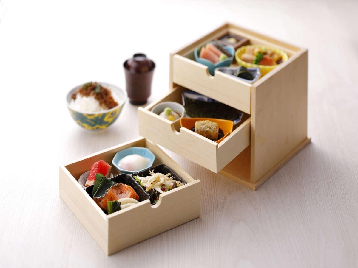 金沢のおいしいがが詰まったお弁当スタイルの朝食!金沢グルメを朝も夜も堪能できます。