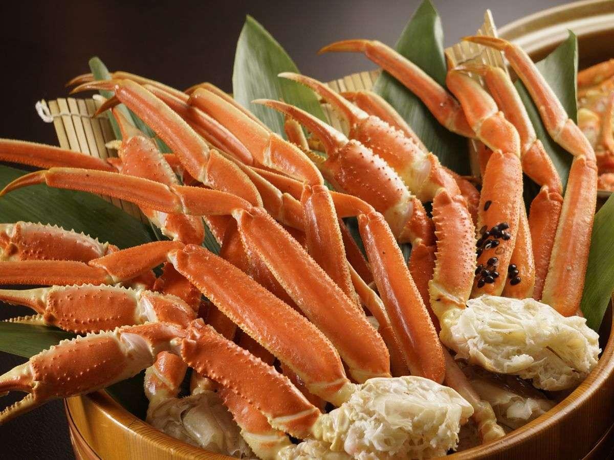 大きな蟹食べ放題!大人もお子様も夢中になって、楽しいお食事が出来ます♪