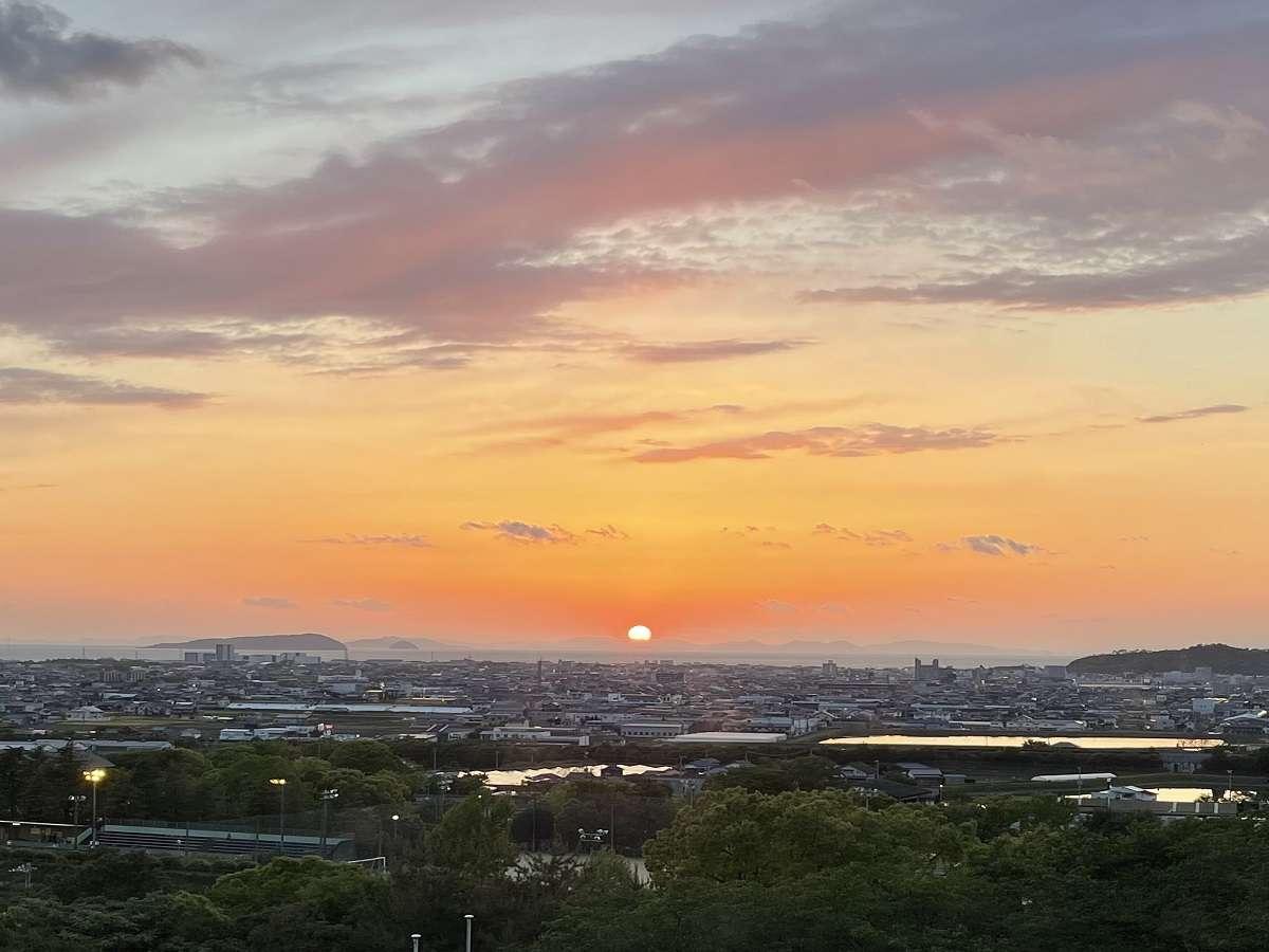 客室(本館)から望む夕陽