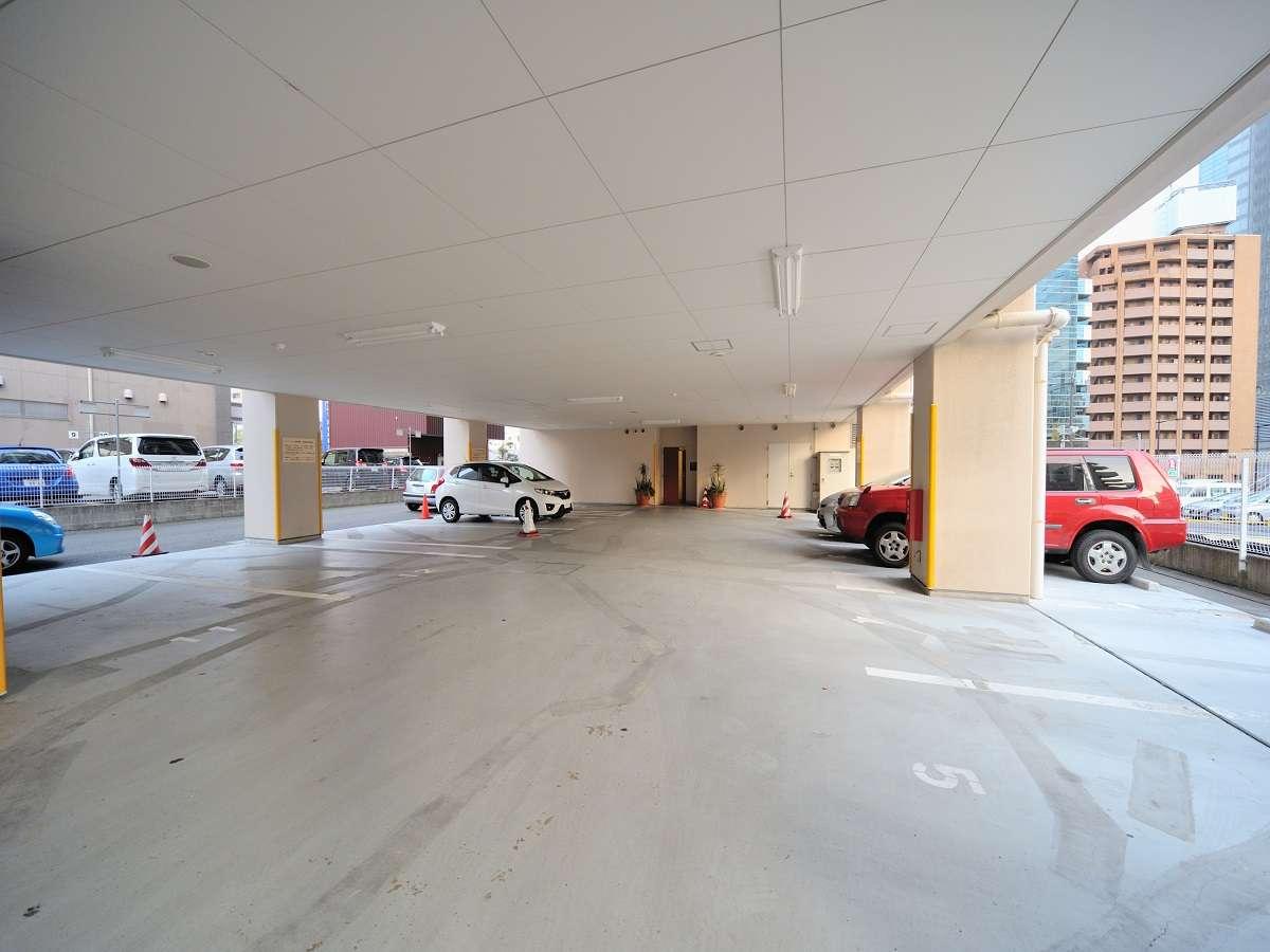 ◆お電話での完全予約制専用駐車場料金:1台1泊1,800円