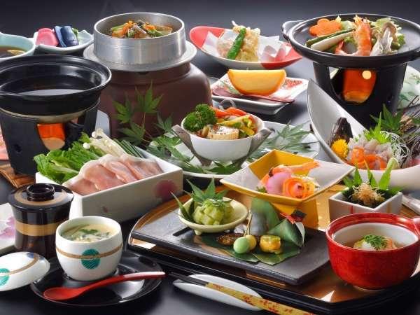 栃木夢ポークや日光ゆば・岩魚等地場の食材を活かした会席料理