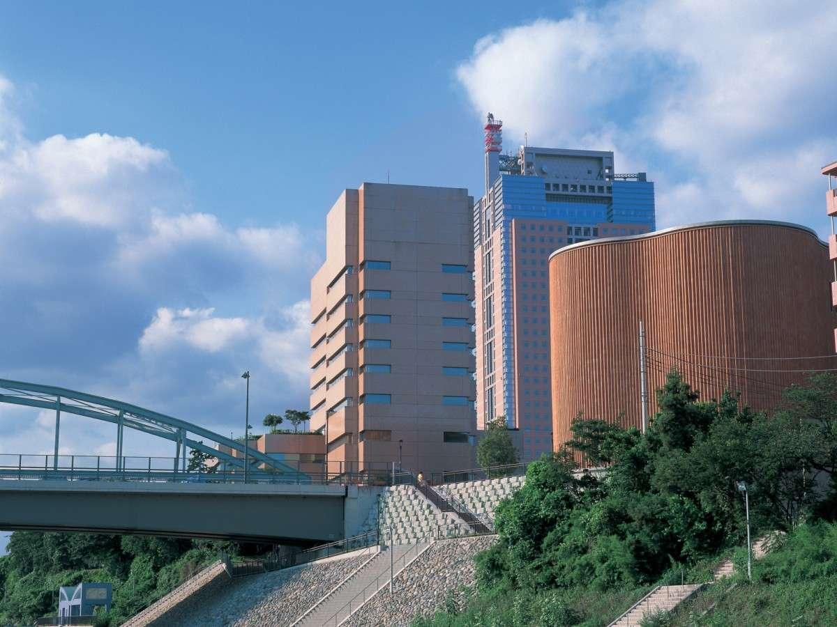 *外観/地域に愛される「宝石のようなホテル創り」を目指しております。