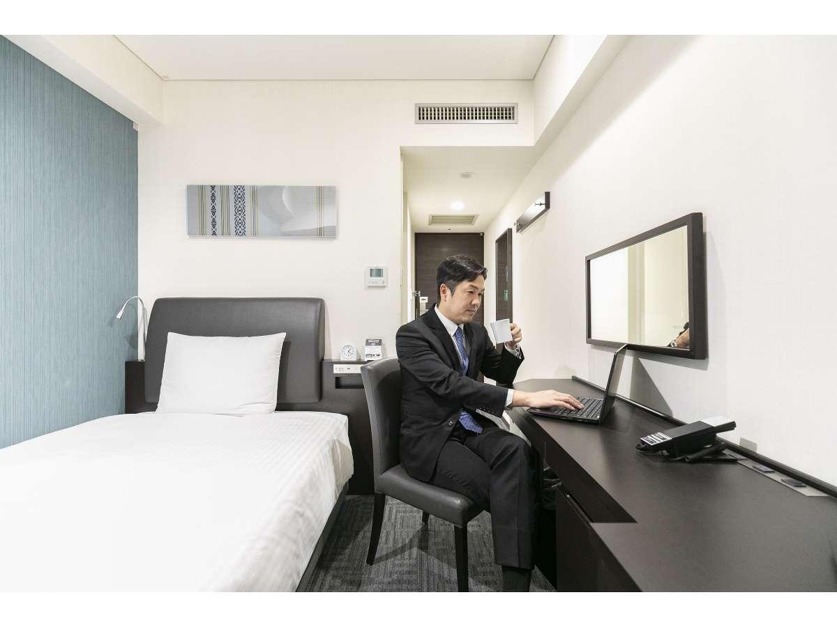 禁煙シングルルーム(ビジネス)(お部屋でゆっくりお仕事もでき、ゆっくりお休み頂けます)
