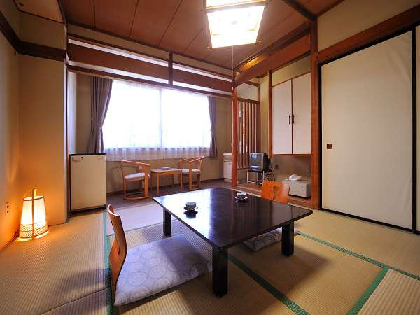 派手な設備はないが、ホッと安らぐ素朴な客室(一例)