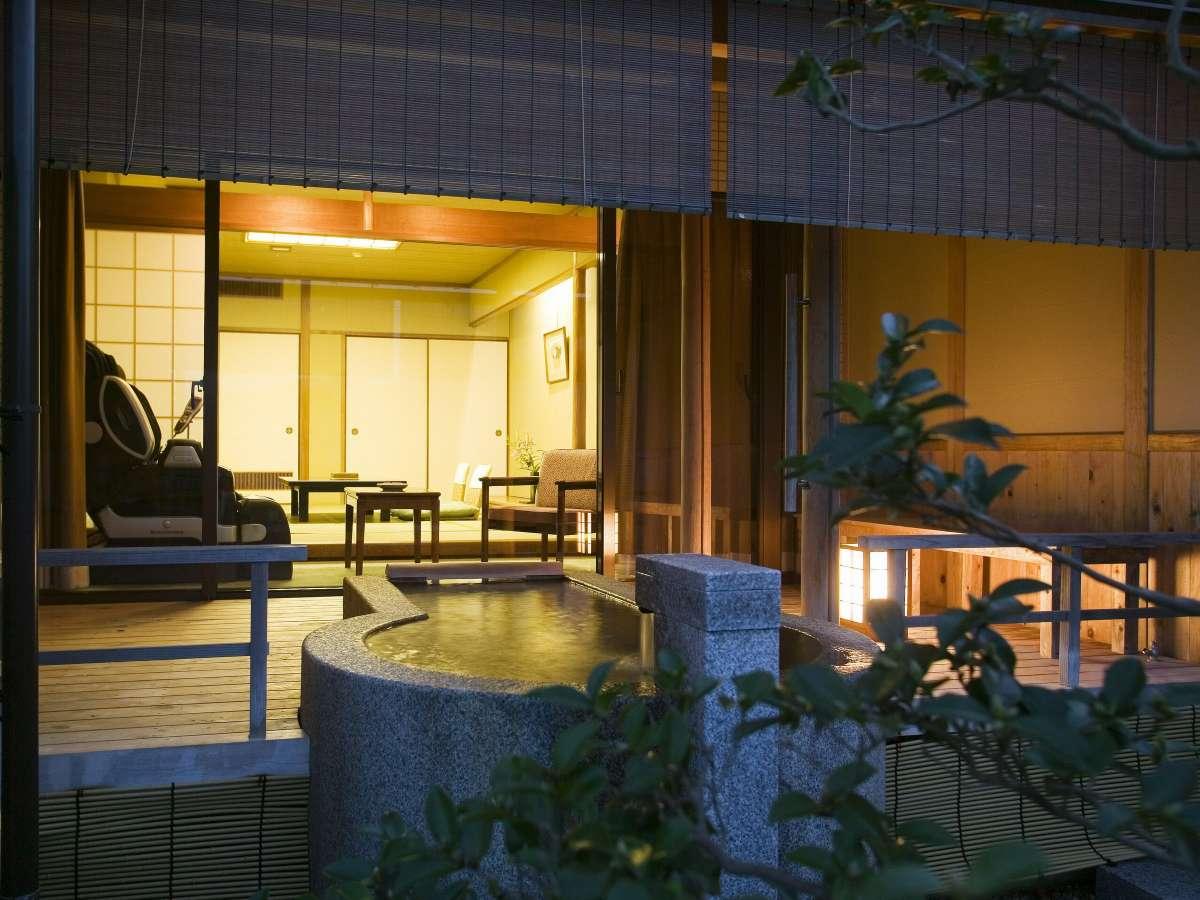 【露天風呂付・和室】天橋立を望む天橋立温泉の露天風呂付和室。