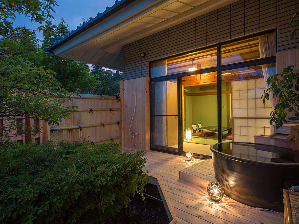 当宿人気の露天風呂付客室!贅沢なひと時をお楽しみください。