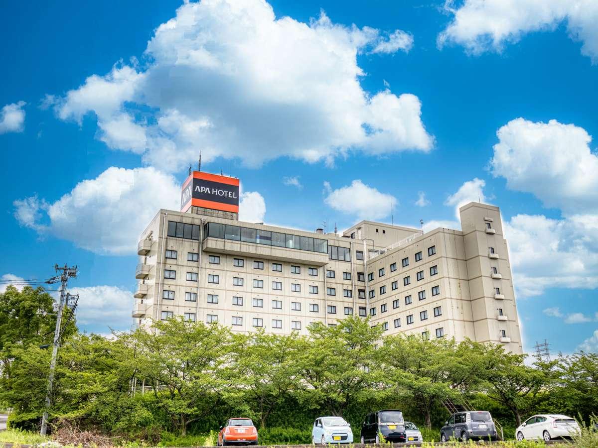 ホテル外観(南向き)
