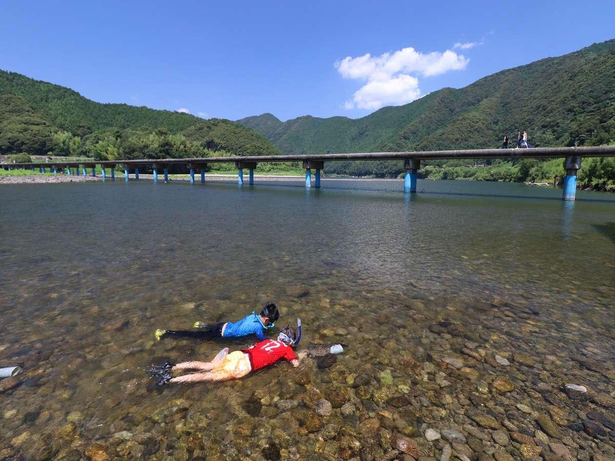 佐田沈下橋まではお車で20分程度♪駐車場も有ります。