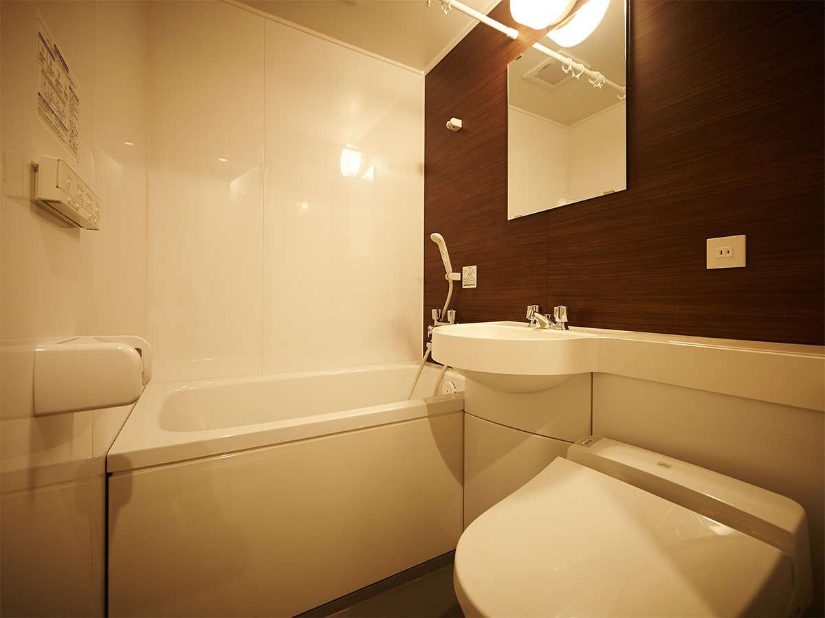 エコノミーダブル、スタンダードダブルの浴室