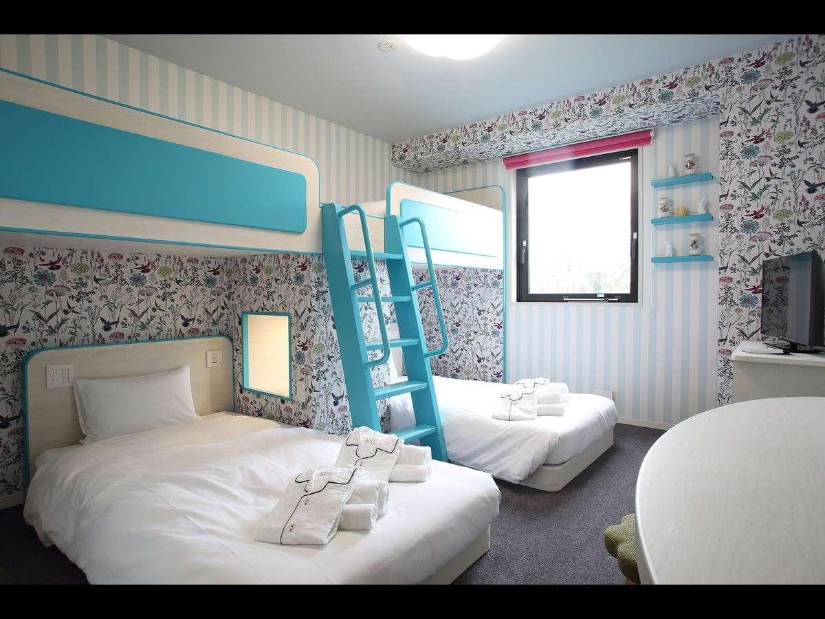 グループ二段ベッドルーム