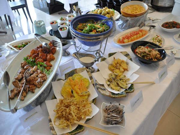 レストランバイキングのお料理(一部)