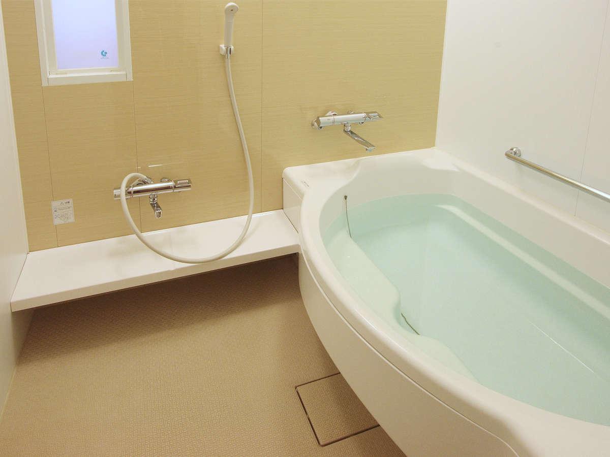 東京ベイ舞浜ホテルでは全室洗い場付の浴室をご用意しております。