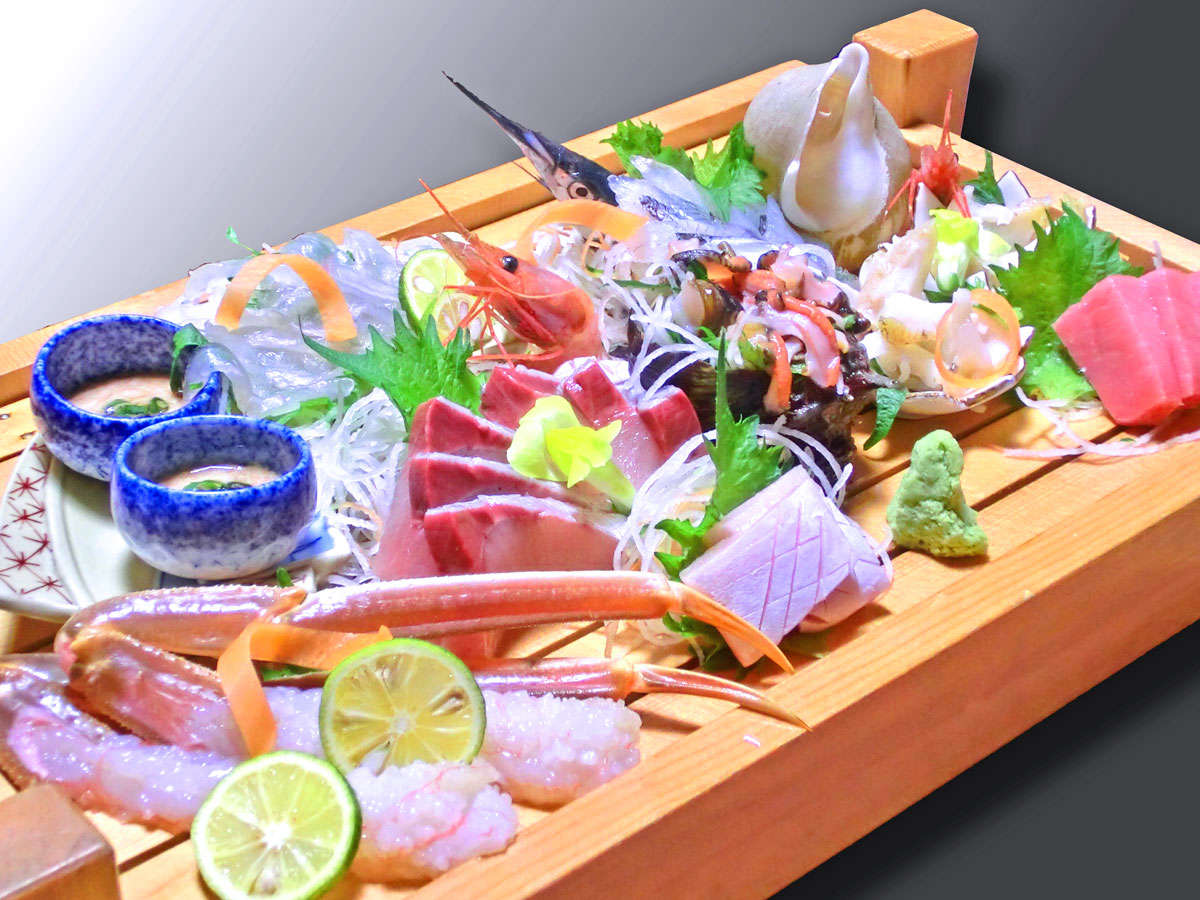 ※■お刺身(一例)■旬の食材を使ったり、その日の仕入れ状況によって内容は変わります。