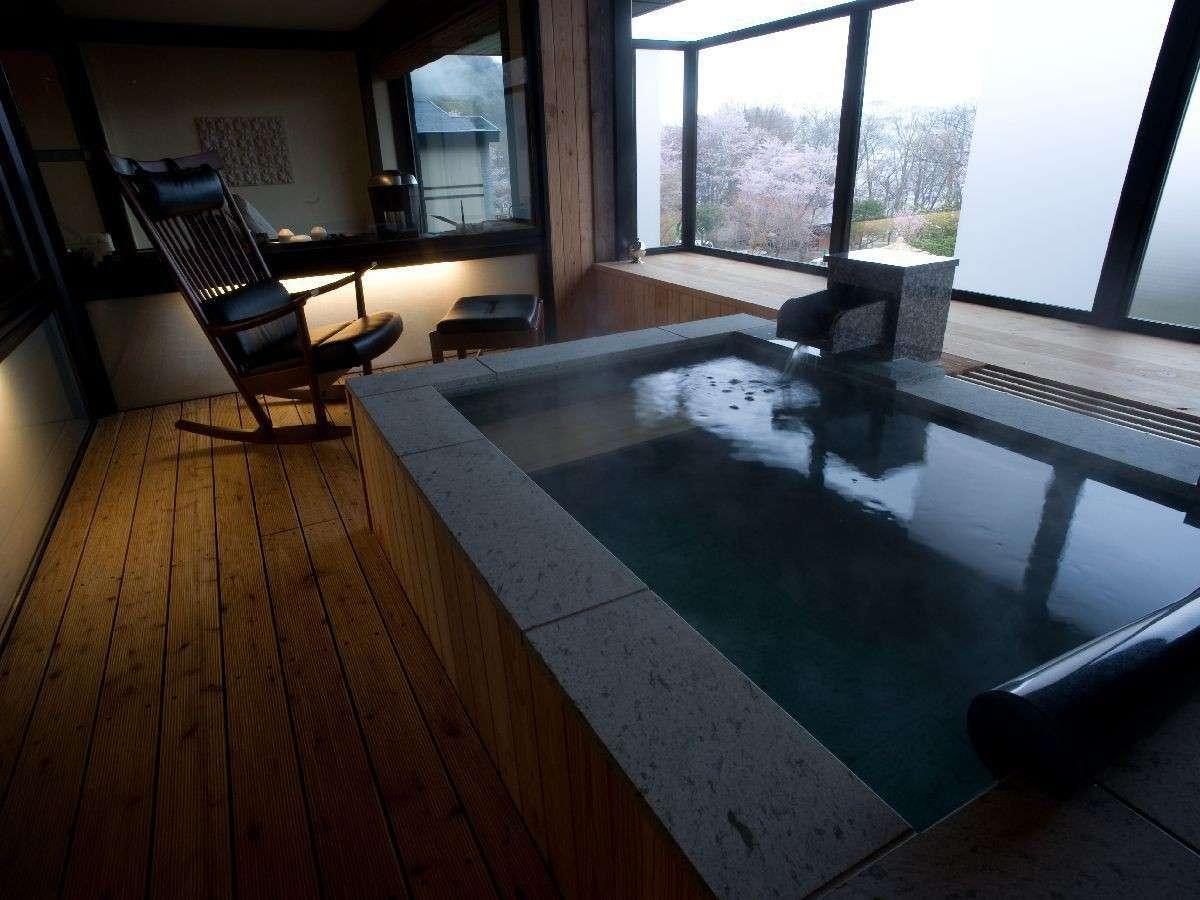 ◆特別室の露天風呂/プライベートに温泉を満喫できる露天風呂付です。