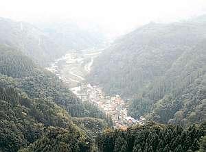 久野屋旅館:阿蘇の山奥、山間に狭まれた小さな温泉宿