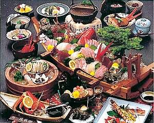 温泉と海の幸のお宿 庄兵衛:地元で獲れた新鮮な海の幸!料理の一例