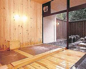 長作の宿 なかだ屋:内湯・サウナ・ジャクジー付きの貸切露天風呂(通常1時間1000円)