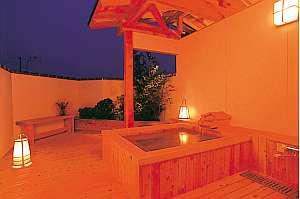 味覚の宿 幸洋荘:木の香りも清々しい貸切露天風呂『ふるさとの湯』