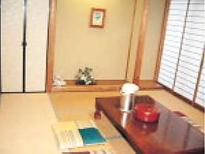 民宿旅館網代荘:寛ぎの客室