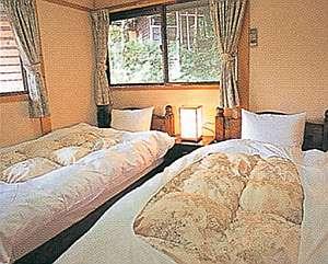 川根温泉ふれあいコテージ:ツインベッド寝室