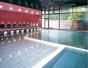 鬼怒川ロイヤルホテル:男女別大浴場も広々としてゆったり