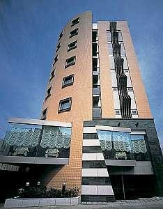 ジェイホテル本八幡:JR総武線本八幡駅のそば。利便性に優れたビジネスホテル