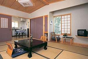 ゲストイン四季の里:広々キッチン付客室はグループ、ファミリーに大人気