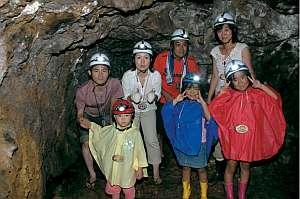 わくわくドキドキ洞窟探検!