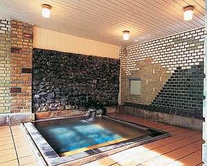 小坂の炭酸泉の宿 仙游館:貸切できる家族風呂
