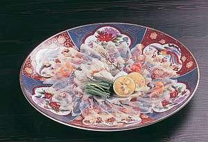 篠島離宮 真砂 悠々庵:ふぐ料理の定番「てっさ」