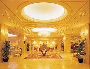 ホテルセンチュリー21広島:優雅で開放感あふれる華やかなロビー